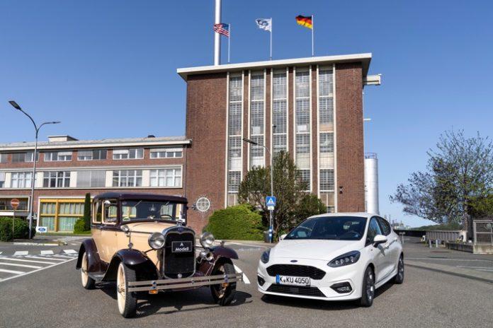 FST200917 34 696x464 - Ford-Jubiläum: 90 Jahre 'Made in Cologne'