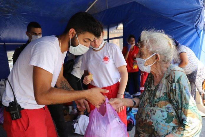 50222385811 b30bbfd4a6 c 696x465 - Caritas international: Mehr als 1,5 Millionen Euro für Beirut an Hilfen bereitgestellt