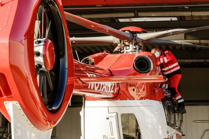 DRF Luftrettung H145DRF Luftrettung 696x464 - DRF e.V. veröffentlicht Jahresbericht 2020