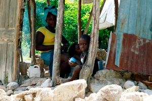 haiti - Haiti: Zwei deutsche Nothilfe-Experten unterstützen Einsatz / Zwei Einsatzkräfte der Malteser sind Donnerstagabend Richtung Haiti geflogen, um das 24-köpfige Team im Erdbebengebiet zu verstärken.