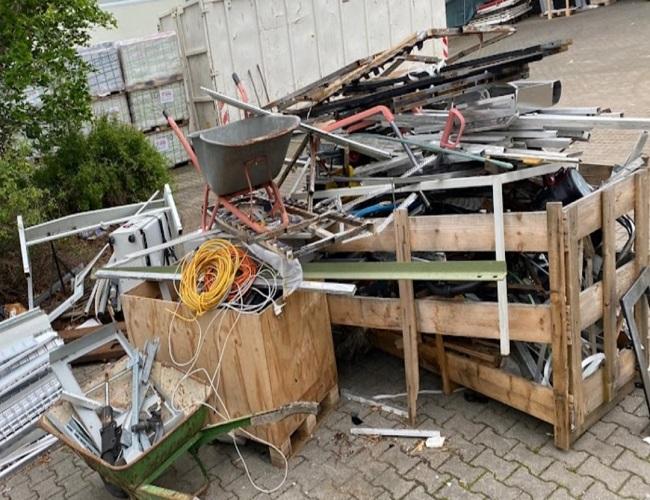 image 1 65 - mobiler Schrotthändler Oberhausen sind wir täglich im Ruhrgebiet Altmetall-Entsorgung