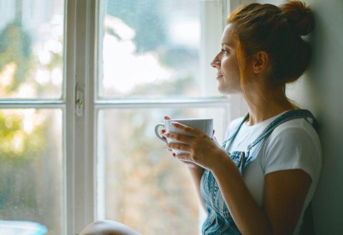 1047712036 iStock Jasmina007 696x478 - Schwangerschaft: So werden Sie ohne Koffein munter