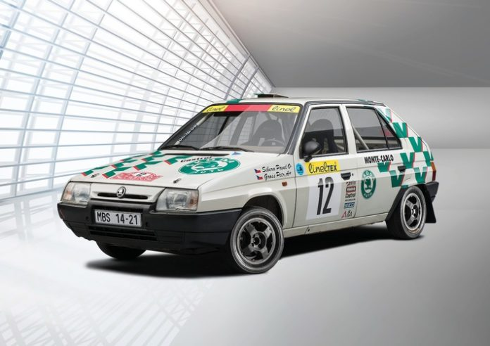 210910 skoda favorit 1 696x492 - Motorsportversionen des ŠKODA FAVORIT (1989): alles anders – und dennoch bekannt