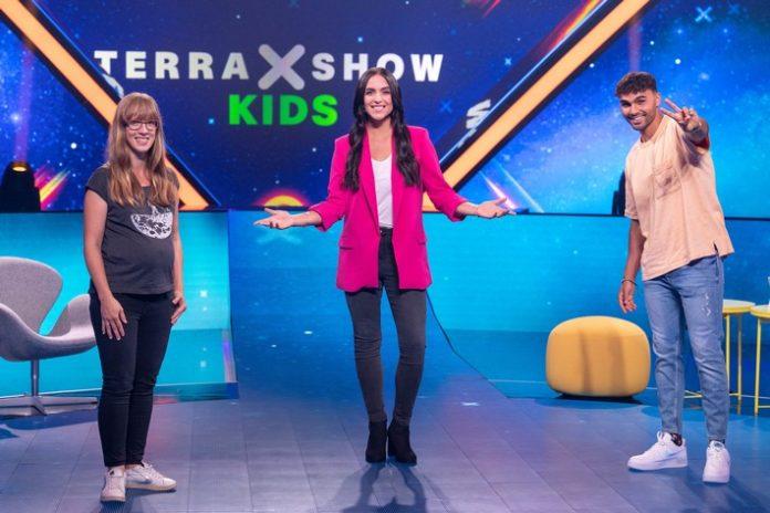 """80651 0 4.OTS  696x464 - Die neue """"Terra X-Show Kids"""" bei KiKA und in der ZDFmediathek"""