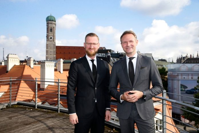 Doppelspitze20in20MuncAlexander20Entov 696x464 - Breuninger beruft Geschäftsführer für die Häuser München & Luxemburg / Integrationsprozess nach Zusammenschluss schreitet voran