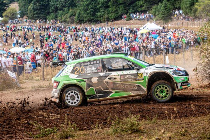 Foto1 1 696x464 - Akropolis Rallye Griechenland: Doppelsieg für SKODA FABIA Rally2 evo Teams in der WRC2