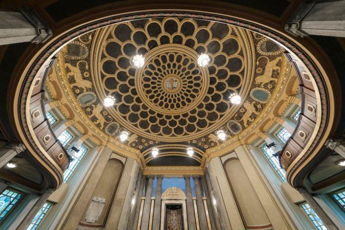Kulturforum20GC3B6rlitzePawel20Sosnowski 696x464 - Jüdische Spuren entdecken: Görlitzer Synagoge als Kulturforum wieder eröffnet
