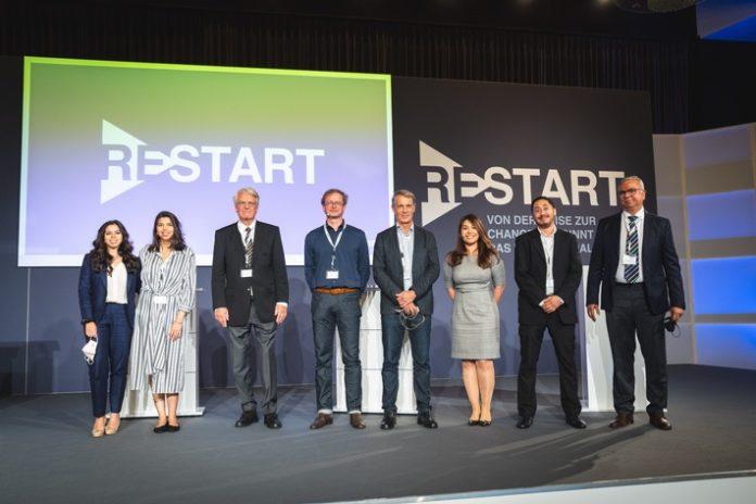Livinguard RESTART 43 Speakers20Day202 696x464 - Livinguard optimiert die eigene, selbstdesinfizierende Technologie und entwickelt erste permanente, biozidfreie Technologieplattform