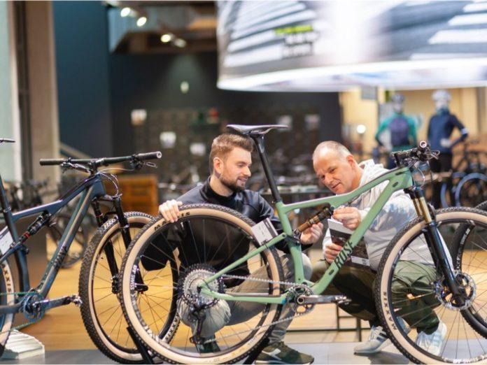 Rose20DienstBike 696x522 - Rose DienstBike: Rose Bikes startet eigenes Dienstradleasing-Programm in Kooperation mit Deutsche Dienstrad