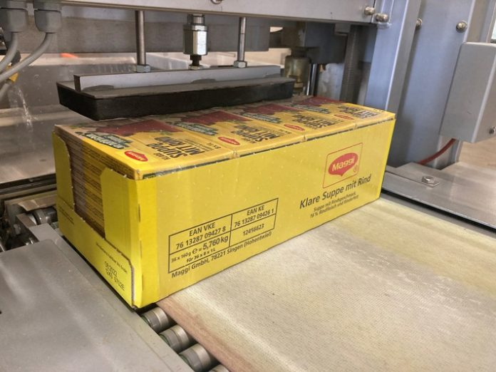 Tray7 696x522 - Aus der Folie zurück in die Folie / Nestlé, Papier-Mettler und der Grüne Punkt stellen innovatives Recyclingprodukt vor / Folienabfälle aus dem Gelben Sack kommen wieder als Folie zum Einsatz