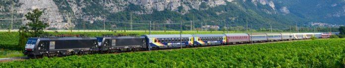 UEX20im20Etschtal 696x138 - Mit dem Urlaubs-Express in die Alpen und ans Meer!