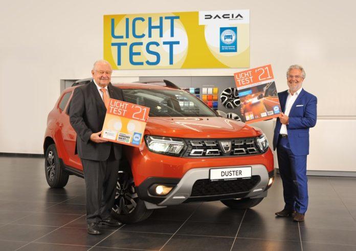 image 1 10 696x491 - Dacia ist Autopartner beim Licht-Test 2021