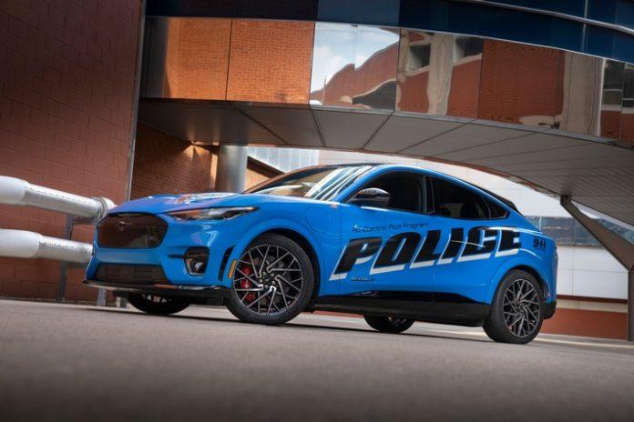 image 1 228 696x464 - Ford Mustang Mach-E besteht als erstes voll-elektrisches Fahrzeug die offiziellen Tests der Michigan State Police