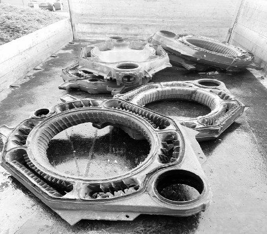 image 1 230 - Schrotthändler in Iserlohn: Demontage von Maschinen und Heizkörpern