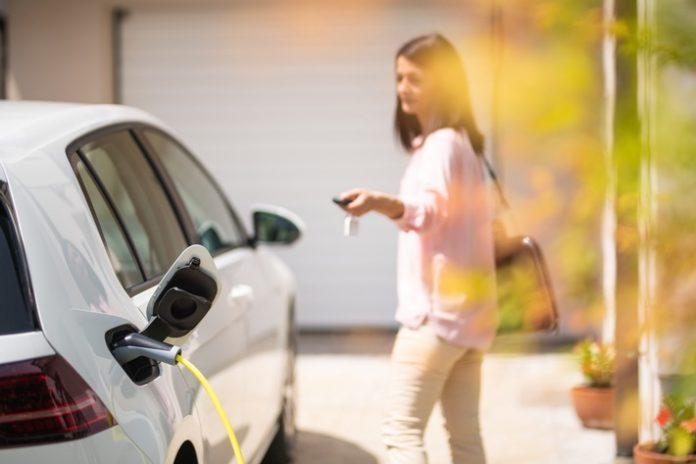 image 1 56 696x464 - Volle Flexibilität beim E-Auto-Laden: Yello bietet Autostromtarife für zuhause und unterwegs an